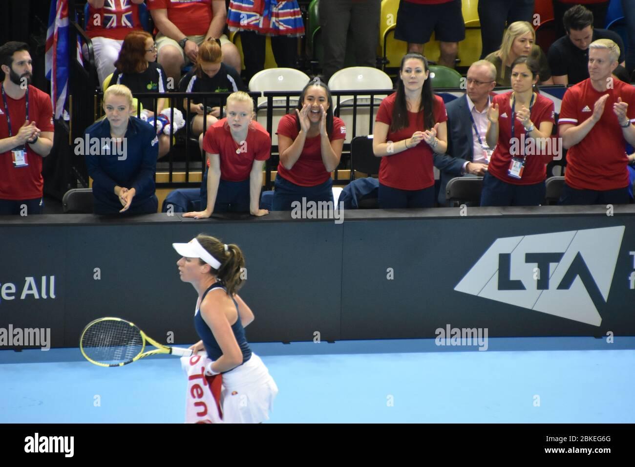 El equipo GB animó a Johanna Konta en su partido de la Fed Cup contra Kazajstán el 21st de abril de 2019 en el Copper Box Arena, Londres, Inglaterra, Reino Unido Foto de stock