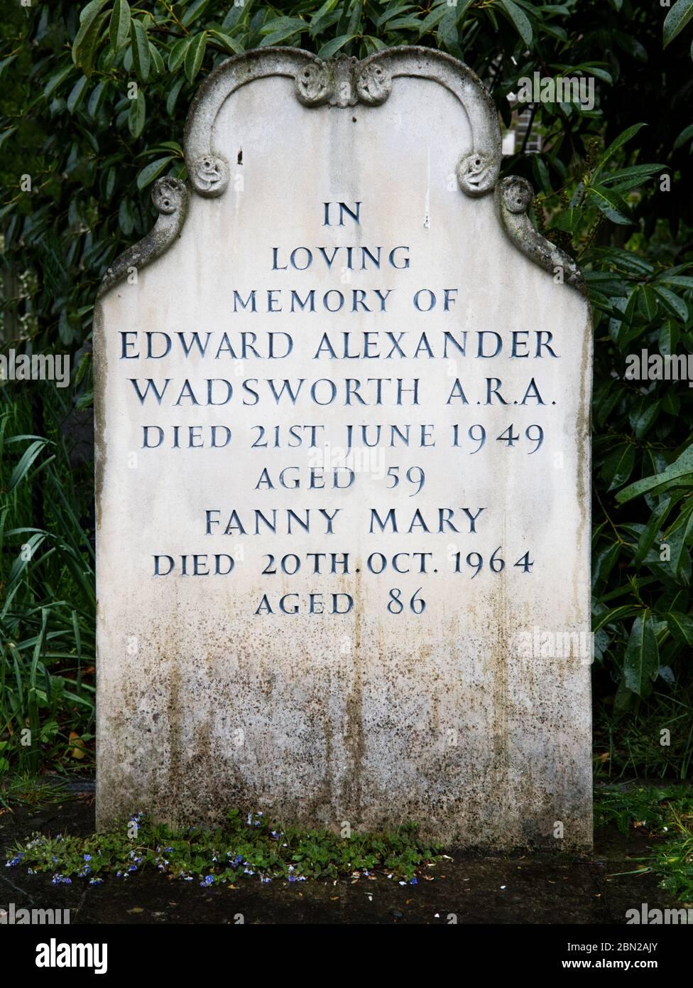 Tumba de Edward Wadsworth, ARA en el Cementerio Brompton, Kensington, Londres; uno de los cementerios de Londres 'Magnificent Seven'. Foto de stock