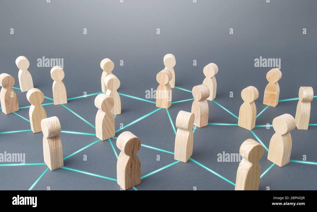 Las personas conectaron a las personas por líneas. Concepto de sociedad. Relaciones de ciencias sociales. Trabajo en equipo. Cooperación y colaboración, difusión de los rumores de noticias. Mercado Foto de stock