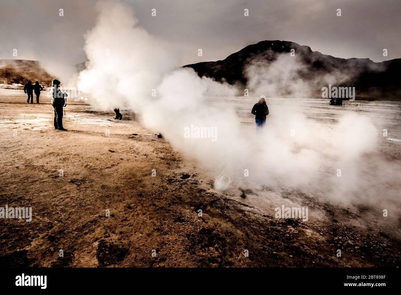 Géiseres del Tatio en el desierto de Atacama, Chile Foto de stock