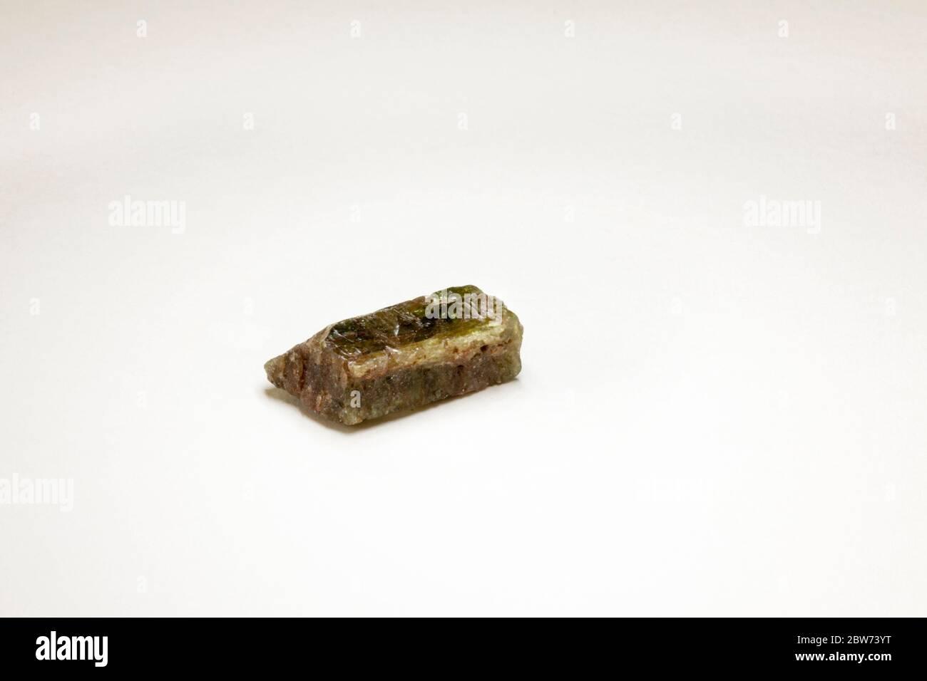 Mineral de Apatite de Canadá, que forma parte de la escala de dureza de MOH (número 5) Foto de stock
