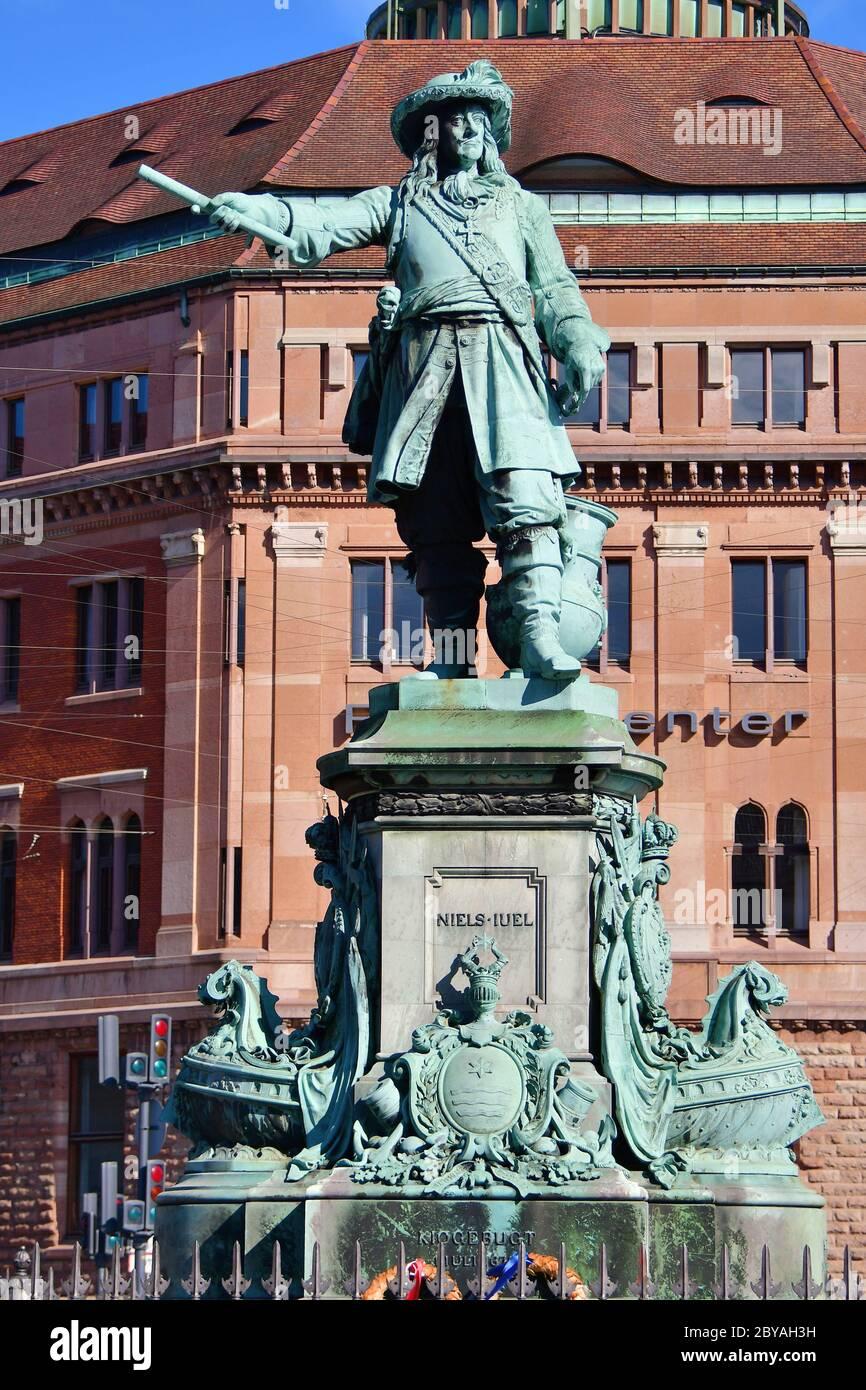 Estatua de Niels Juel, Copenhague, København, Dinamarca, Europa Foto de stock