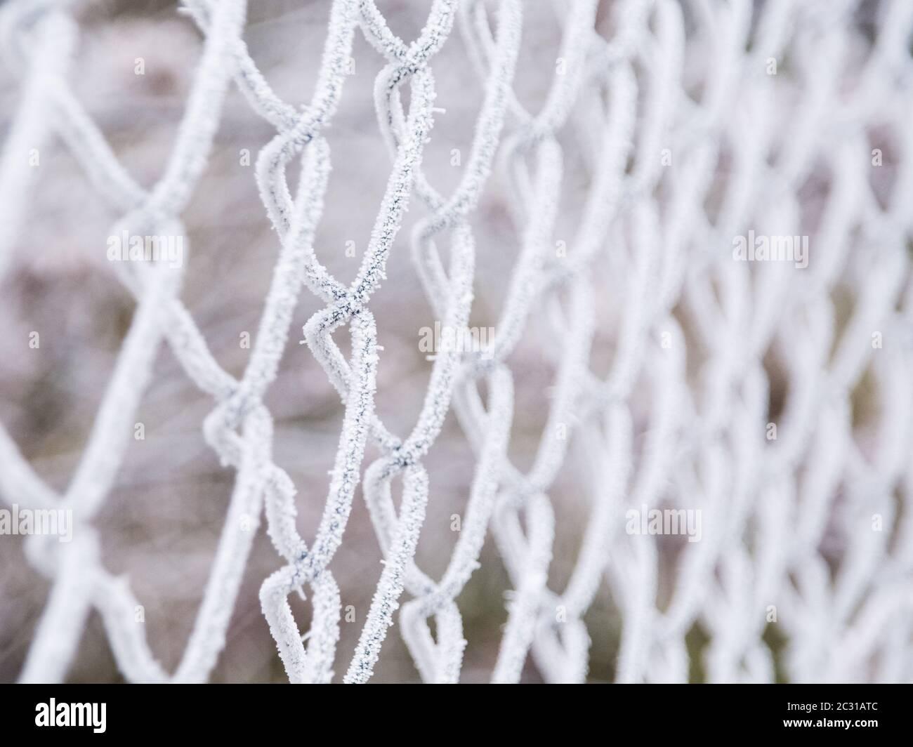 escarcha sobre una valla Foto de stock
