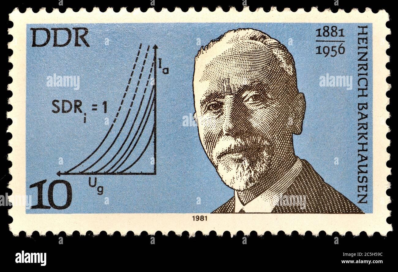 Sello de franqueo de Alemania Oriental (1981): Heinrich Georg Barkhausen (1881 – 1956) físico alemán. Foto de stock