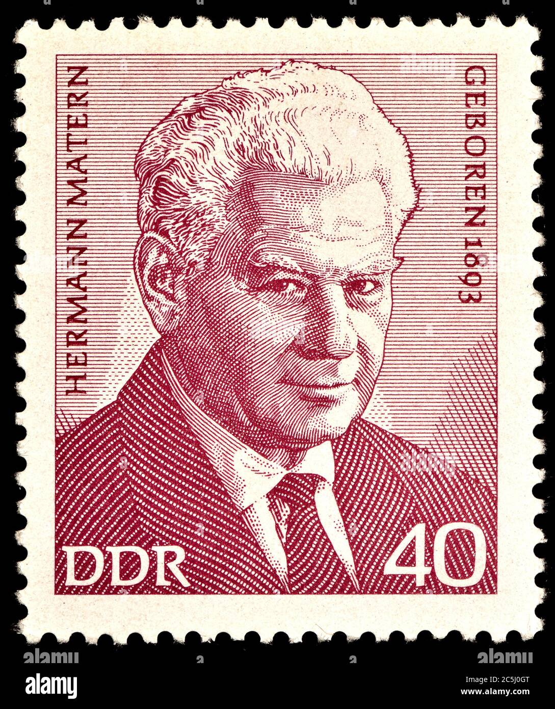 Sello de franqueo de Alemania Oriental (1973) : Hermann Matern (1893 - 1971) político de Alemania Oriental Foto de stock