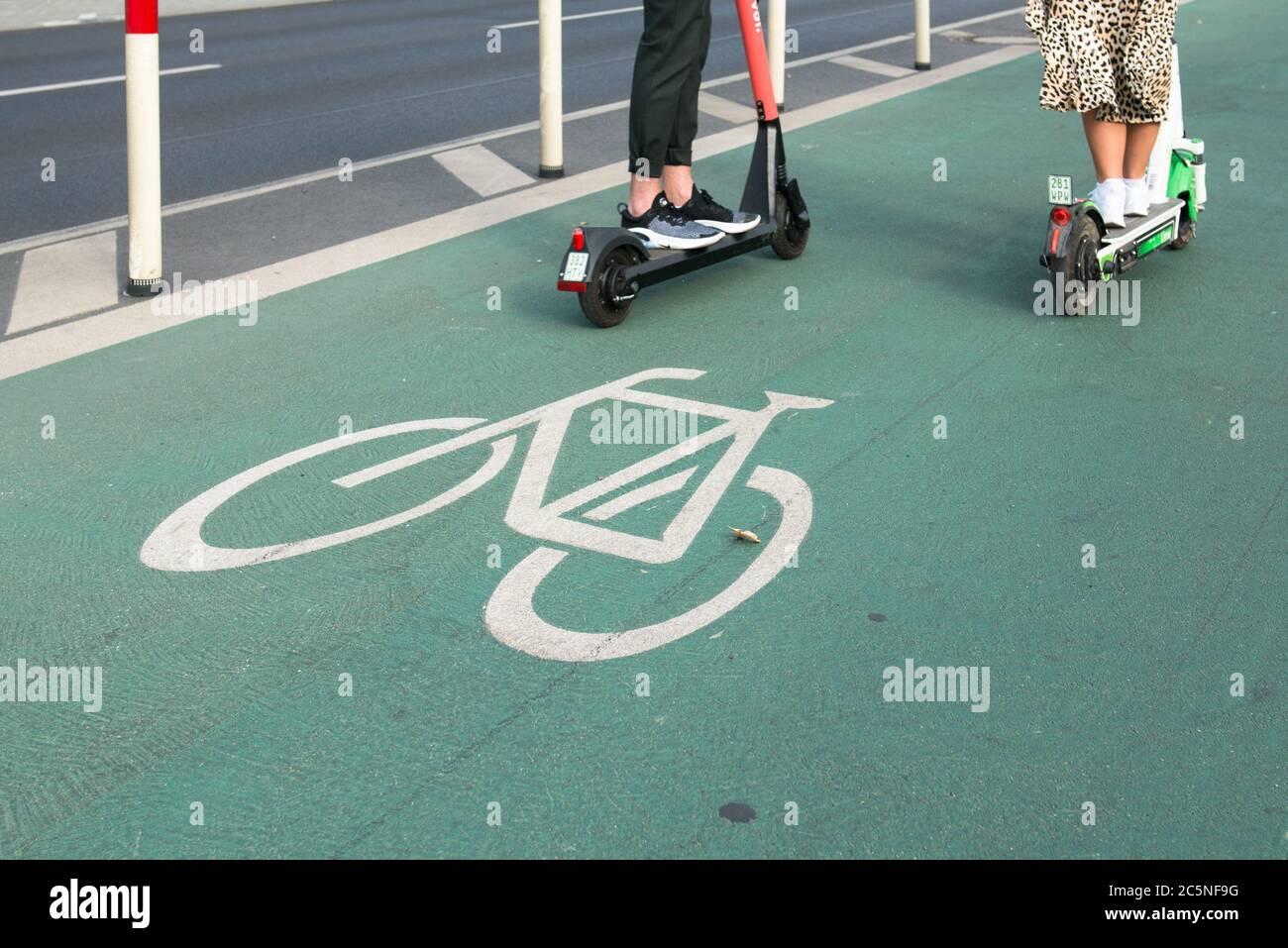 ruta de bicicletas en berlín Foto de stock