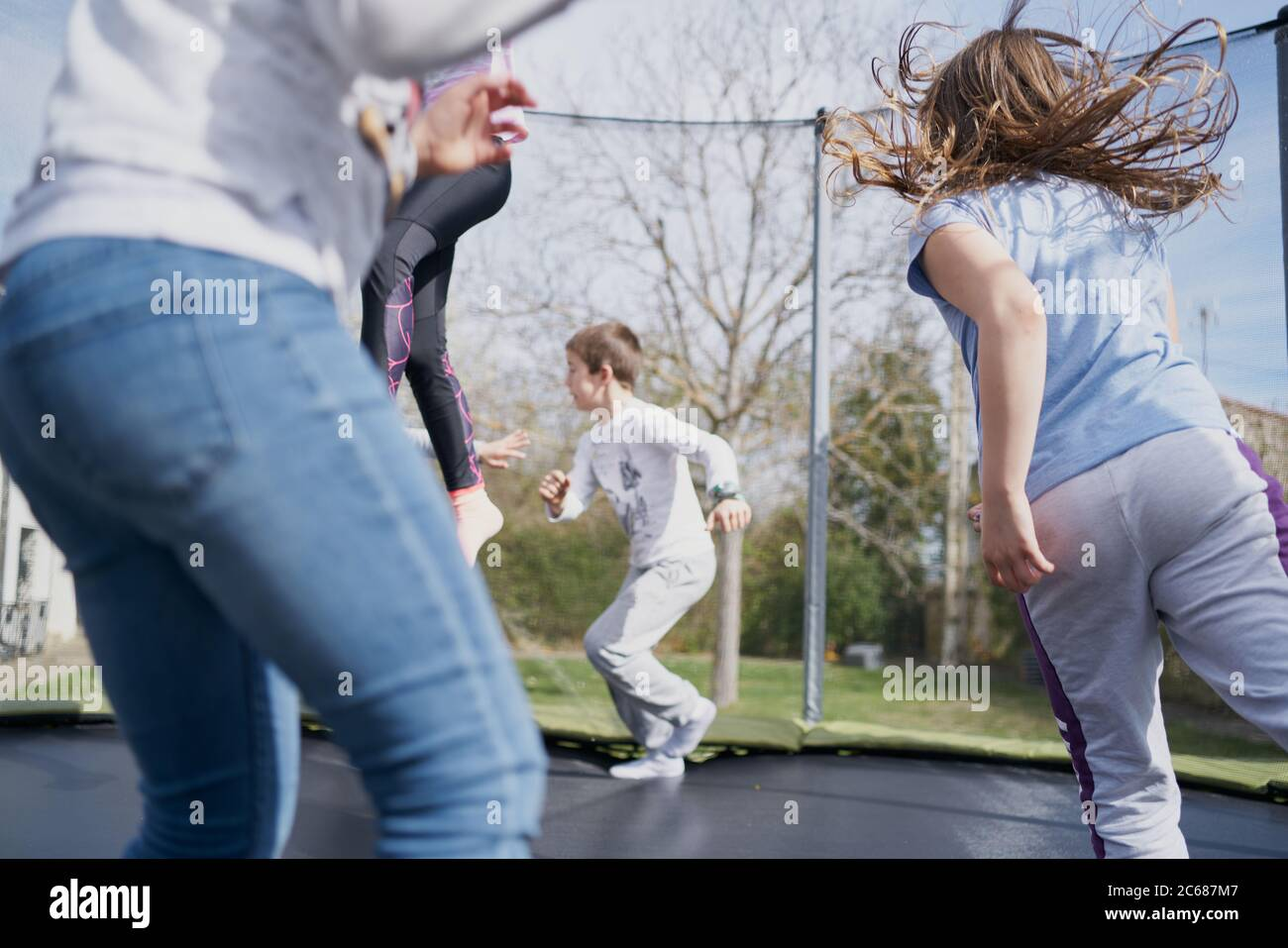 Children And Trampoline Group Fotos E Imágenes De Stock Alamy
