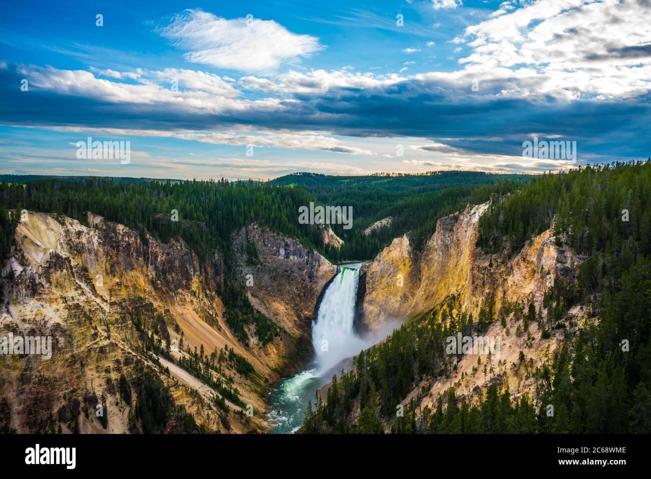La caída más baja en el Parque Nacional Yellowstone, Wyoming, EE.UU. Foto de stock