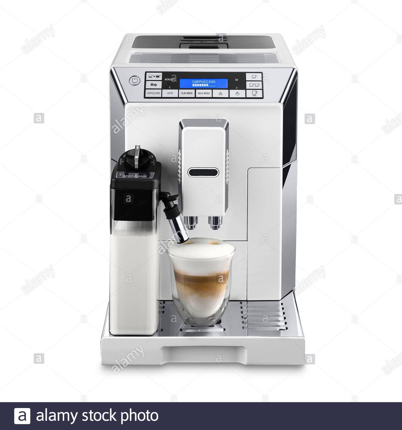 Automatic Coffee Maker Fotos e Imágenes de stock Alamy