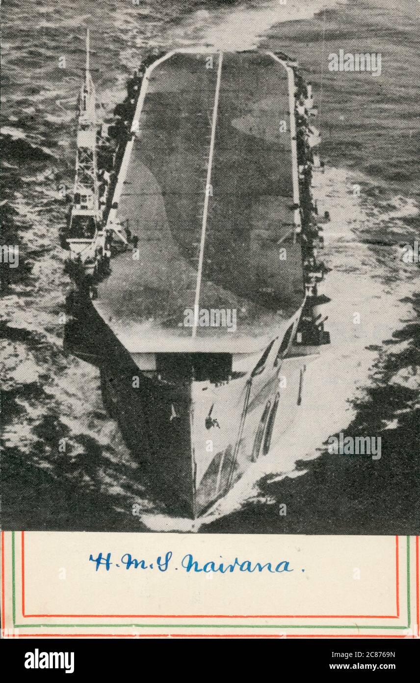 WW2 - clase Nairana Escort Carrier - HMS Nairana. Fue construida en los astilleros John Brown & Company en Clydebank, Escocia. Cuando la construcción comenzó en 1941 fue destinada como un buque mercante, pero fue completada y lanzada como un transportista de escolta, entrando en servicio a finales de 1943. Fecha: Alrededor de 1942 Foto de stock
