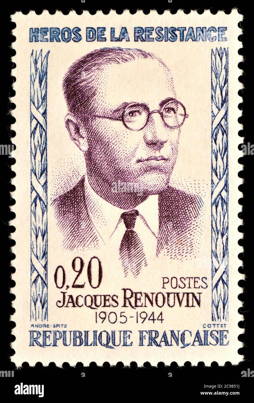 Sello francés (1961) : serie 'Héroes de la resistencia' - Jacques Renouvin (1905-44) abogado y militante realista durante la Segunda Guerra Mundial. Foto de stock