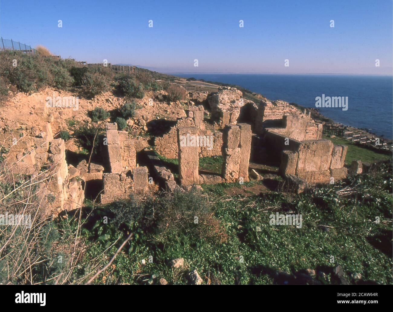 Área arqueológica de Tharros, Cerdeña, Italia (escaneado desde Fujichrome Velvia) Foto de stock