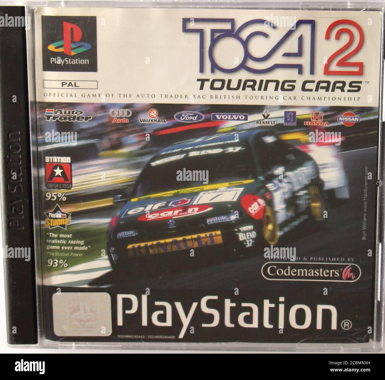 Caja de CD original de PlayStation 1 y cubierta para TOCA 2 coches de gira de carreras de juego Foto de stock