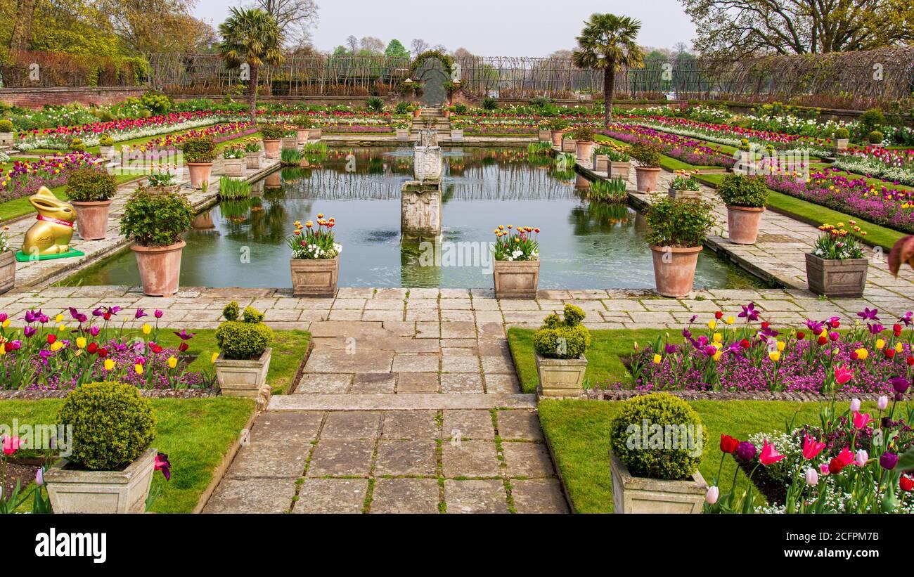 El Jardín Sunken en el Palacio de Kensington Londres Reino Unido Foto de stock