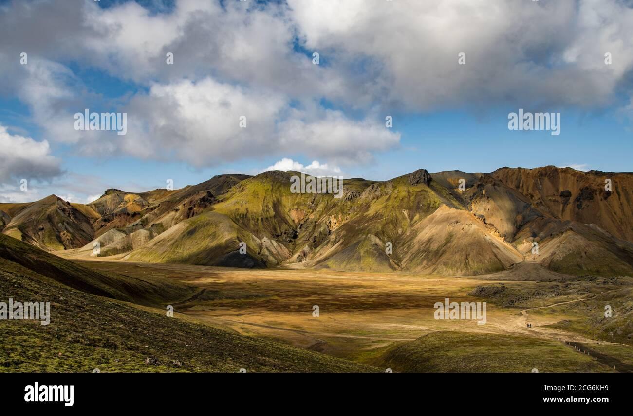 Landmannalaugar, uno de los destinos más famosos de los Ighlands islandeses Foto de stock