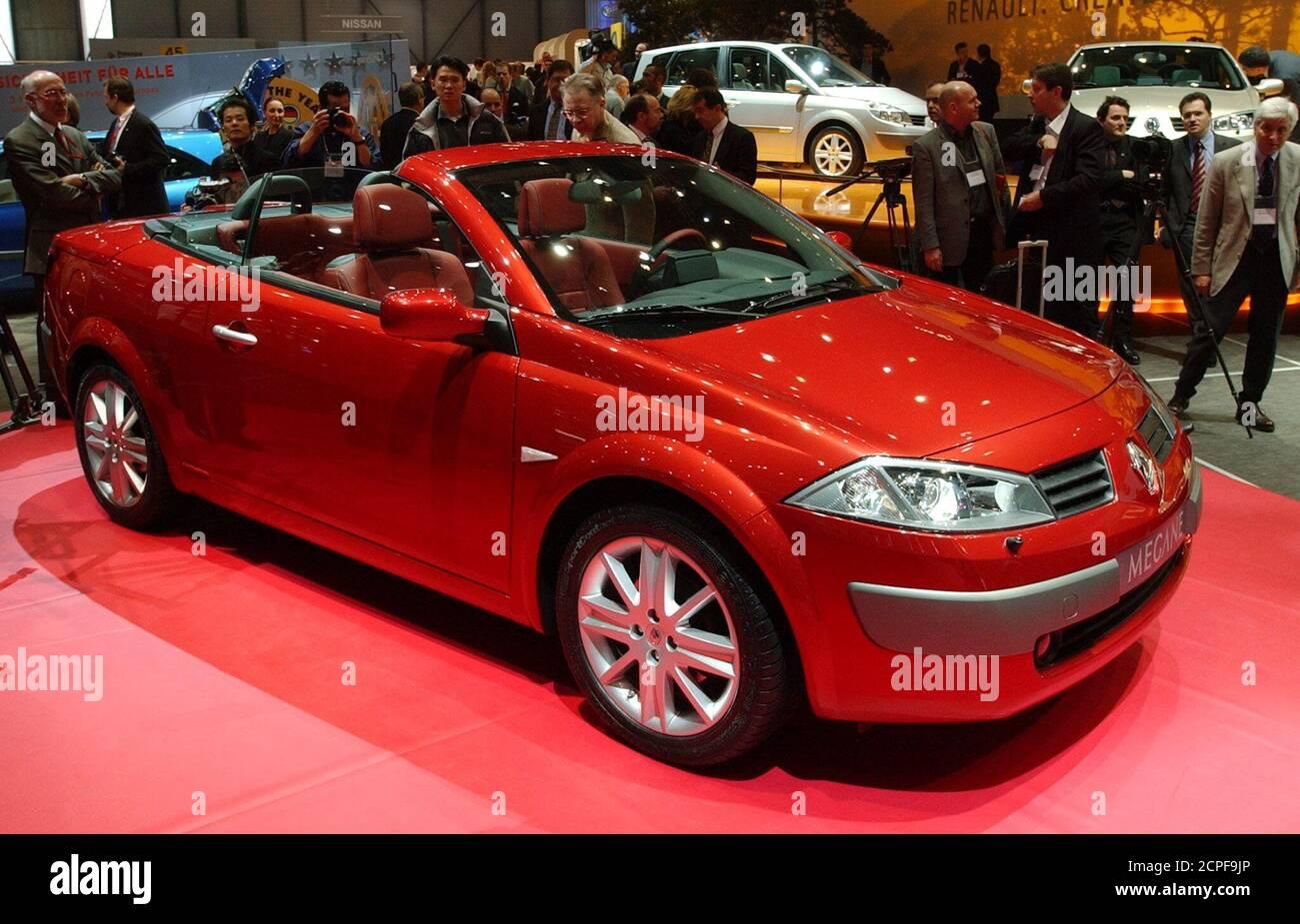 Renault Megane 2 0 Fotos E Imagenes De Stock Alamy