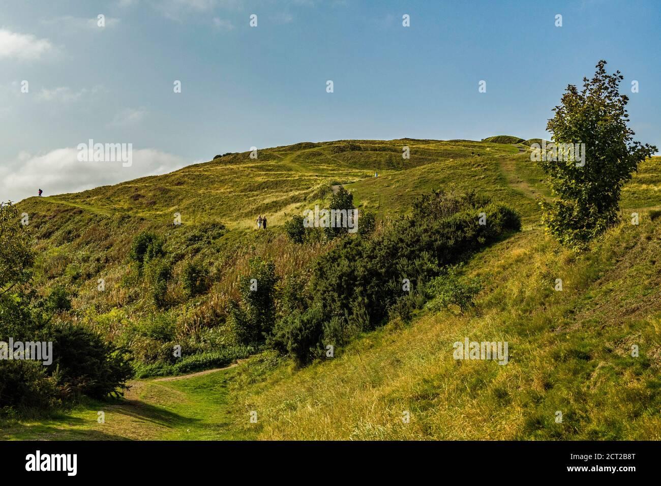 British Camp, o parte de, en el extremo sur de las Malvern Hills que se extienden a lo largo de Herefordshire y Worcestershire. Un enorme campamento que cubre tres colinas. Foto de stock
