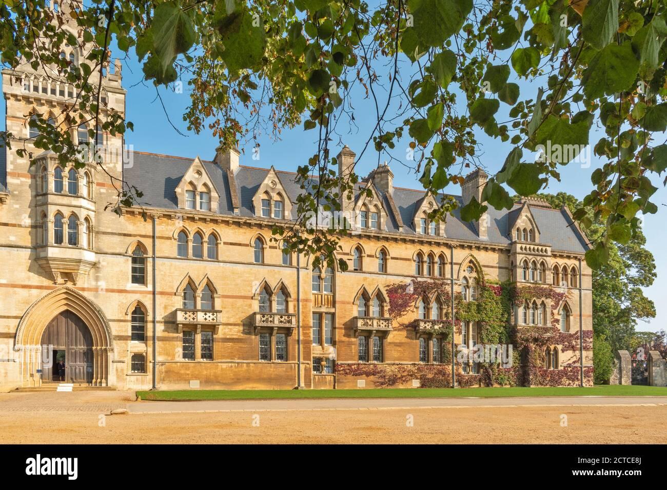 OXFORD CITY ENGLAND CHRIST CHURCH COLLEGE EL EDIFICIO MEADOW Foto de stock
