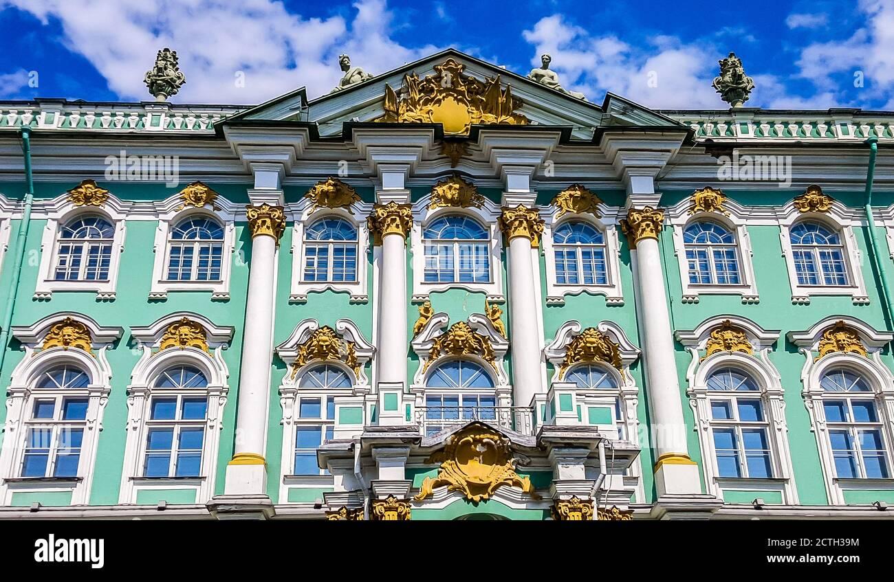 Palacio de Invierno. El Museo Estatal del Hermitage. San Petersburgo, Rusia Foto de stock