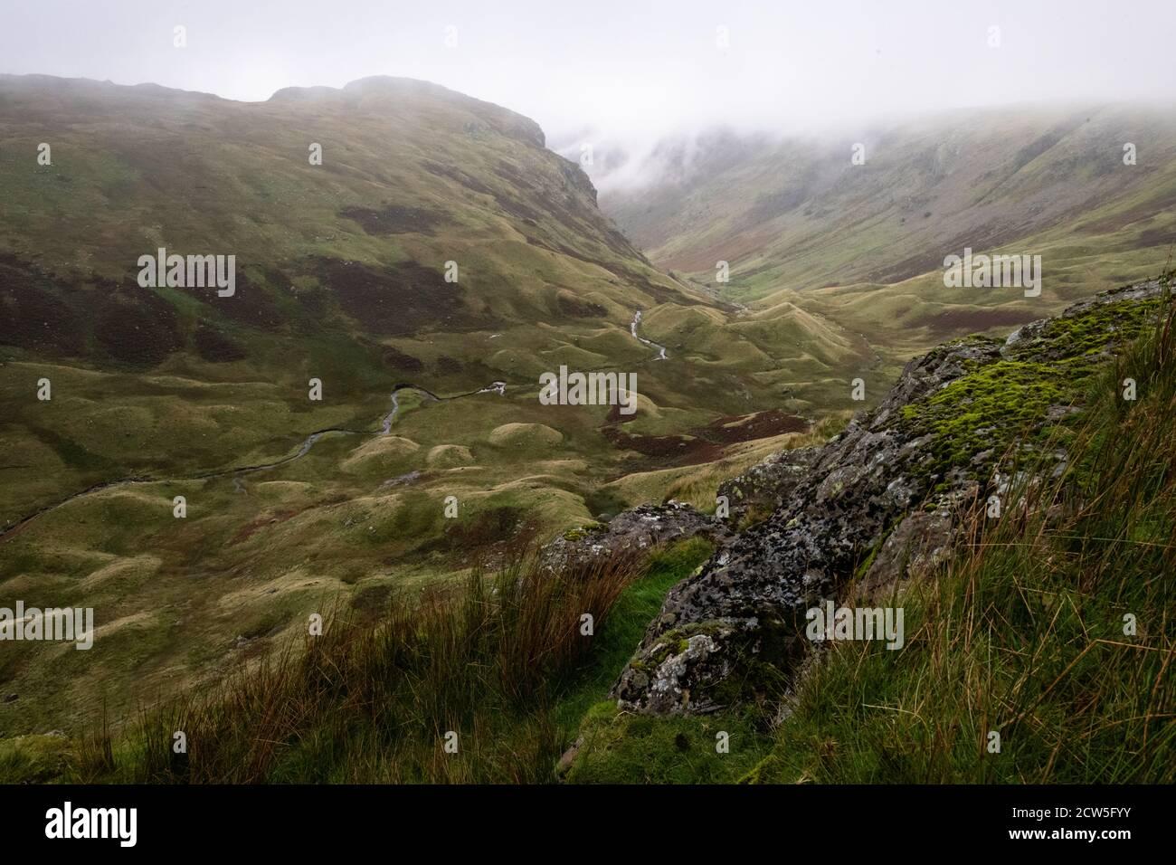 Drumlins - Vista desde Foring Crag of Greenup Gill Valley, Lake District, Inglaterra, Reino Unido, parte de la Costa a la Costa caminar Foto de stock
