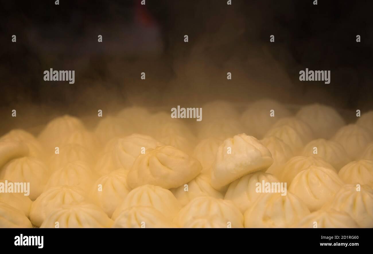 BAOZI al vapor y la cocina, Xi'an China Foto de stock