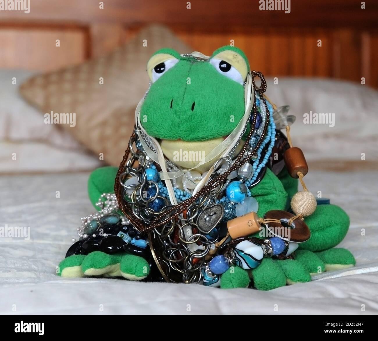 Sapo De Navidad Fotos e Imágenes de stock - Alamy