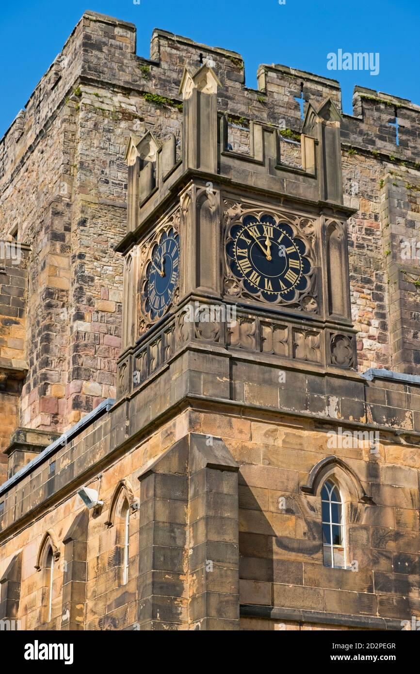Castillo de Lancaster. Torre del reloj. Lancashire Reino Unido Foto de stock