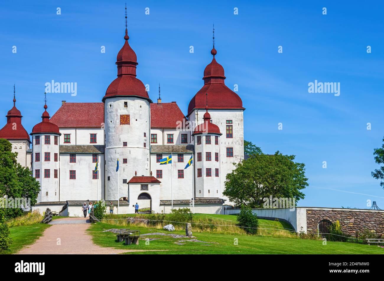 Lidköping, Suecia - 13 de agosto de 2015: Vista del castillo barroco de Läckö en Kållandsö en el lago Vänern en Västergötland, Suecia. Foto de stock