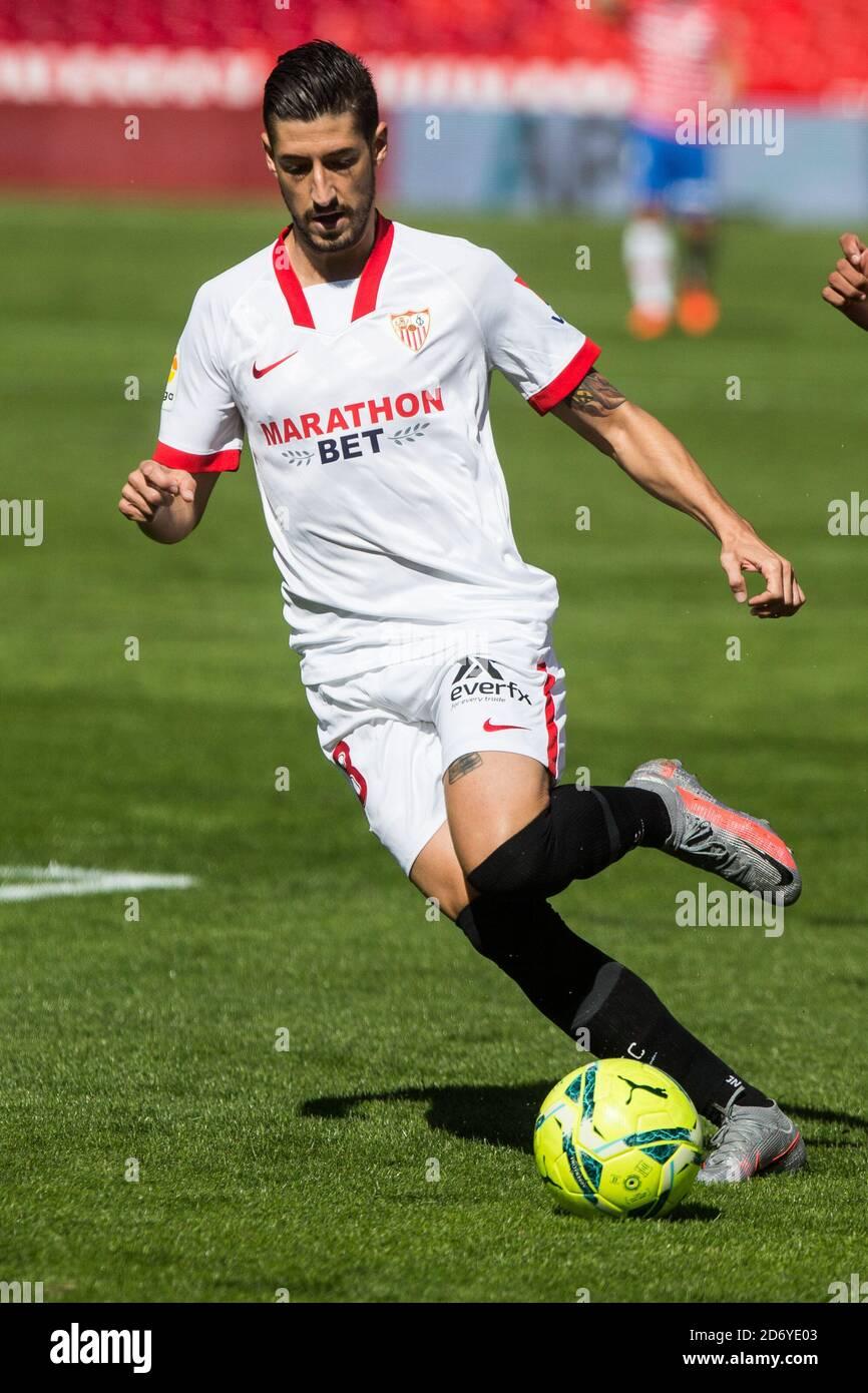 Ergio Escudero de Sevilla durante el campeonato español de fútbol de la Liga entre Granada CF y Sevilla FC el 17 de octubre de 2020 en los Carmenes Foto de stock