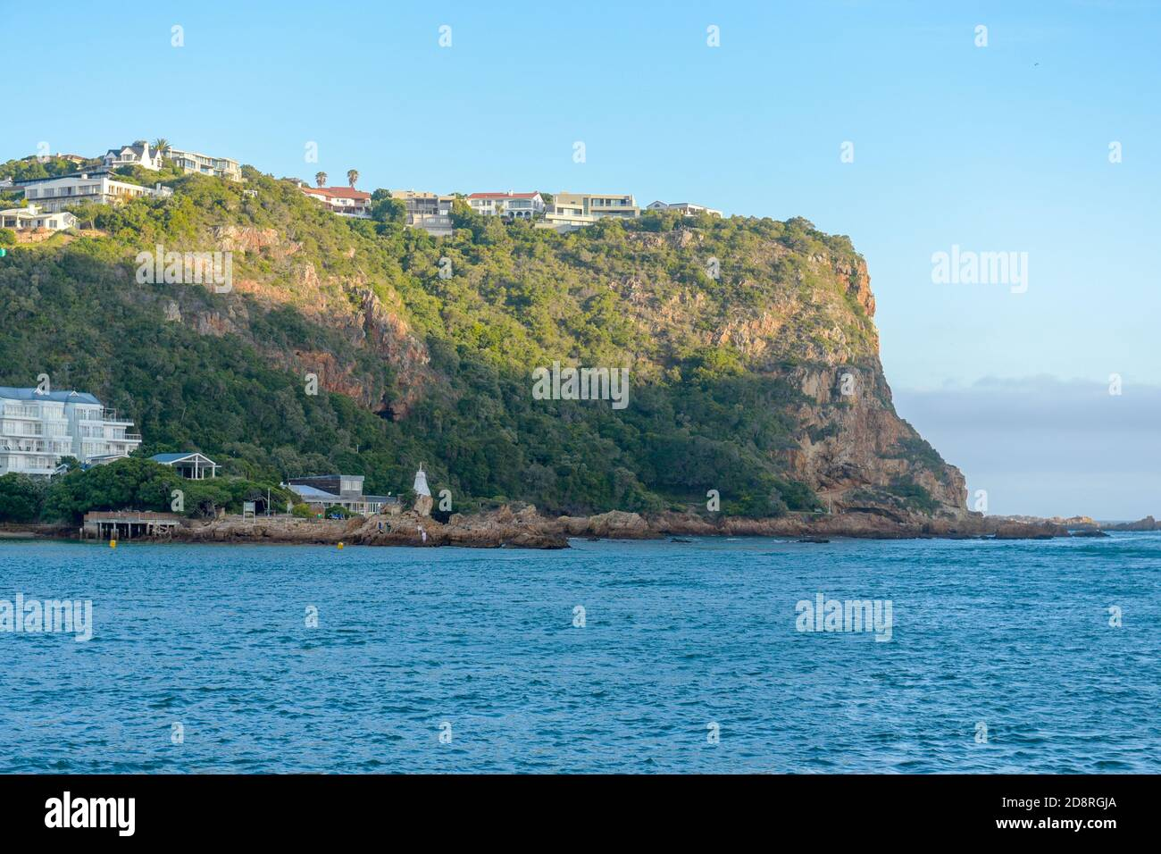 Knysna Heads en la Garden Route, Sudáfrica es una de las principales atracciones del país Foto de stock