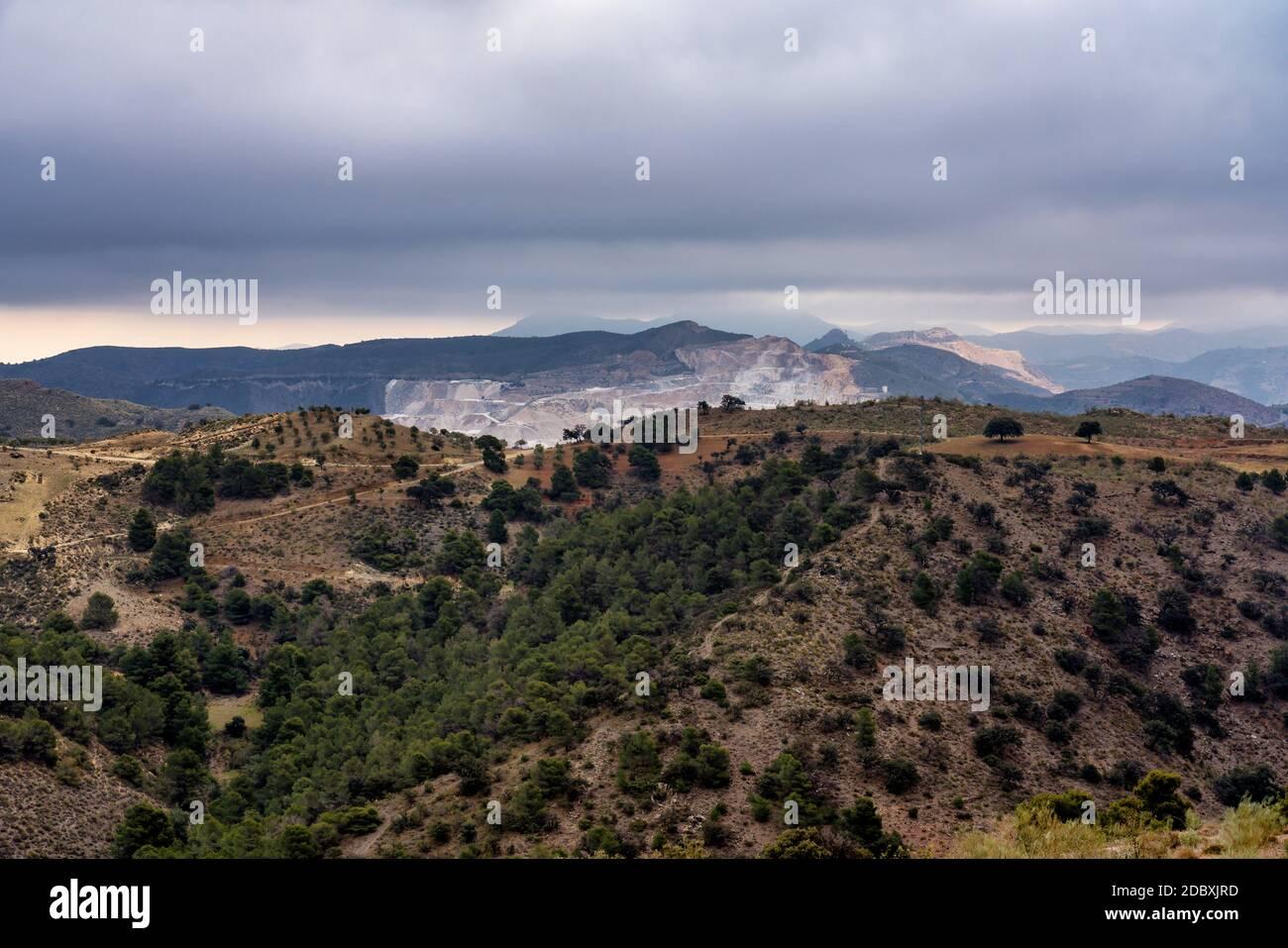 Una vista del desierto de Tabernas en Chercos en la provincia de Almería, España Foto de stock