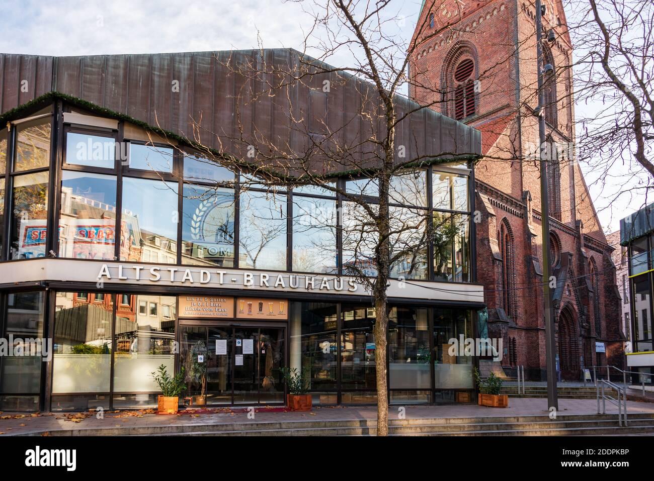 Der Alte Markt in Kiel ein gastronomischer Hotspot, während des Corona-lockdowns menschenleer Foto de stock