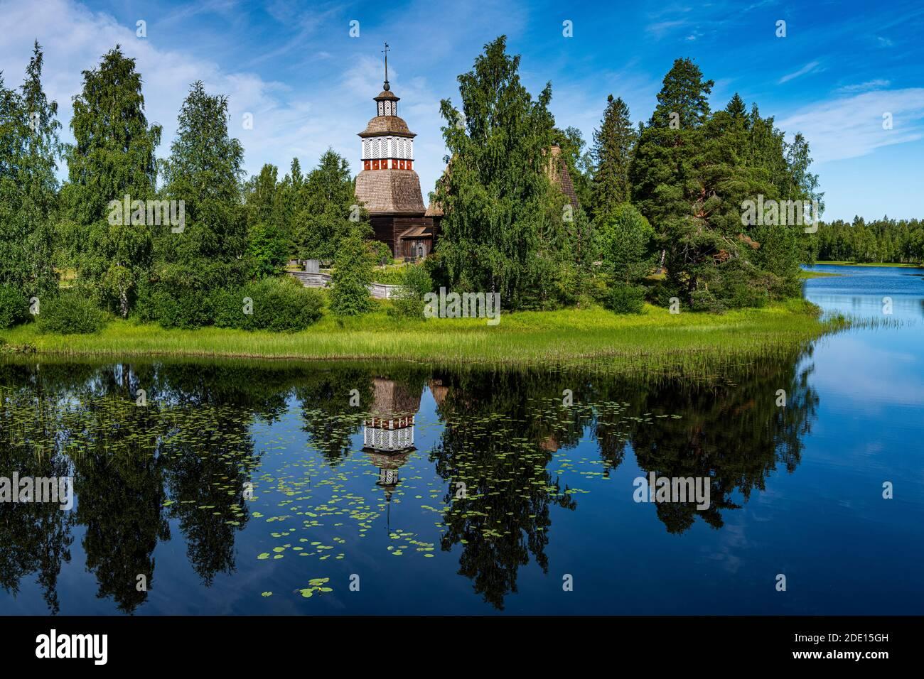 Antigua Iglesia de madera, Patrimonio de la Humanidad de la UNESCO, Petaejeveden (Petajavesi), Finlandia, Europa Foto de stock