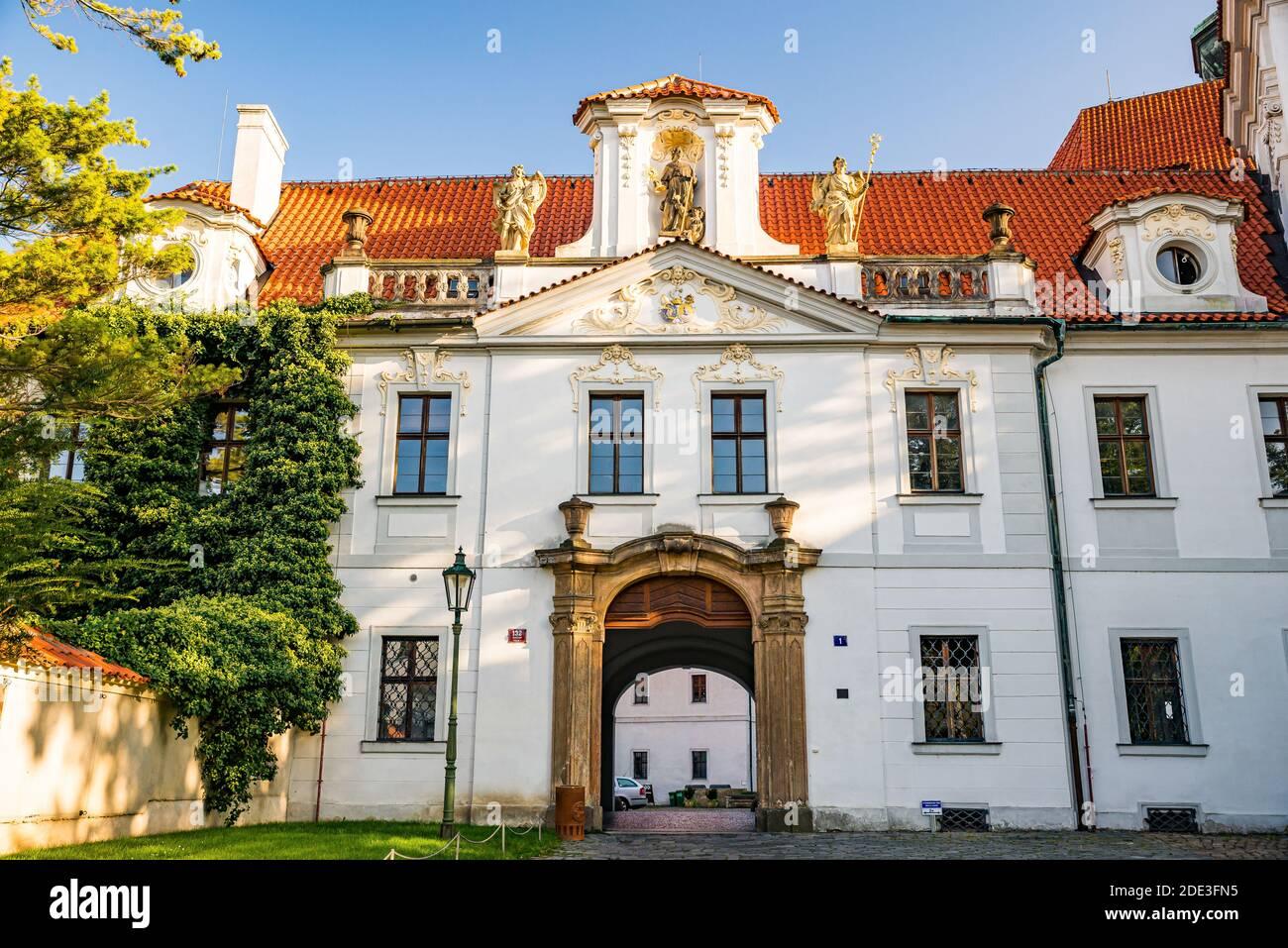 Praga, república Checa - 19 de septiembre de 2020. Zona del Monasterio de Brevnov sin turistas durante la crisis covid-19 Foto de stock