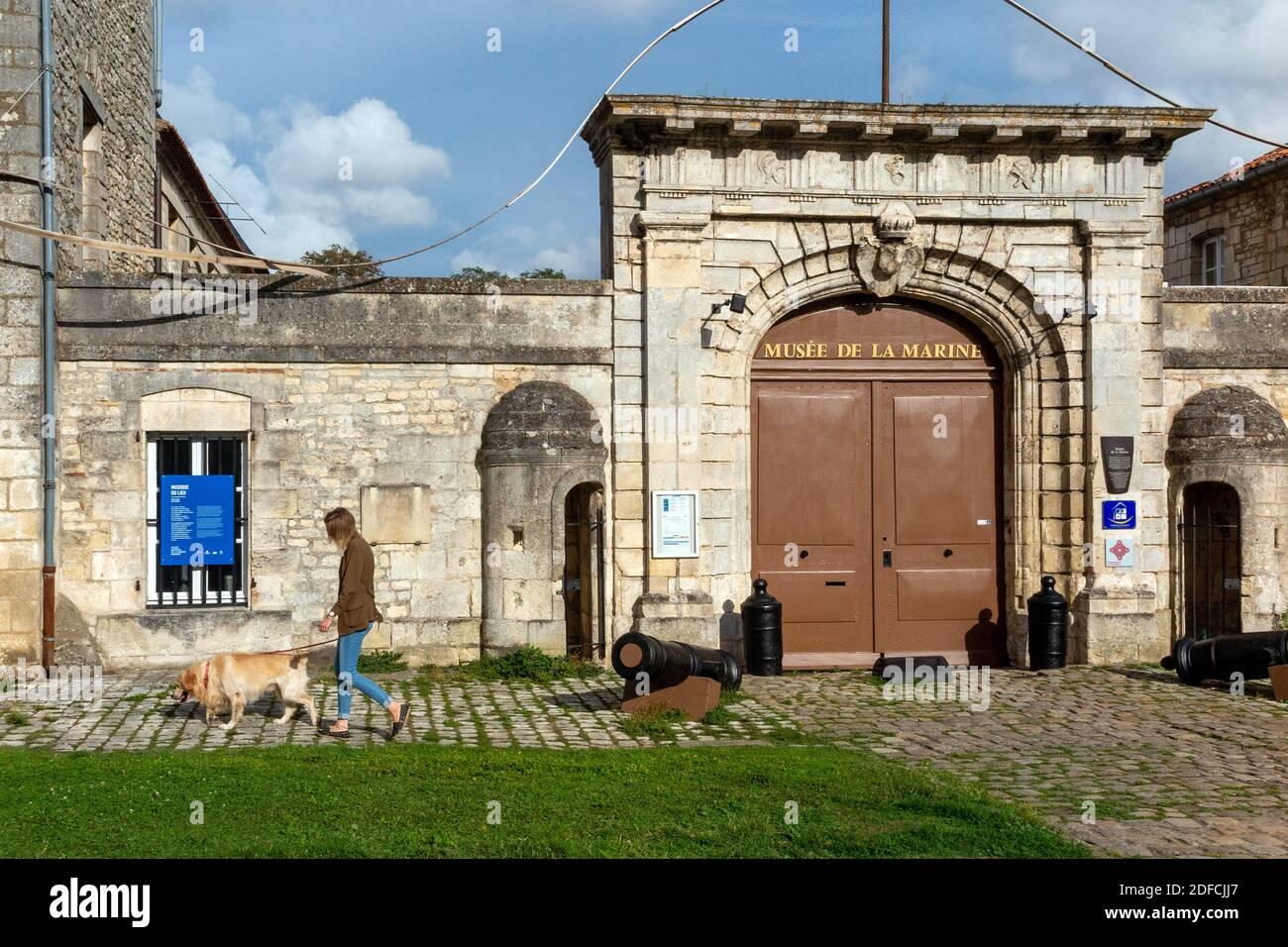 MUSEO MARINO, ROCHEFORT, CHARENTE-MARITIME, FRANCIA Foto de stock