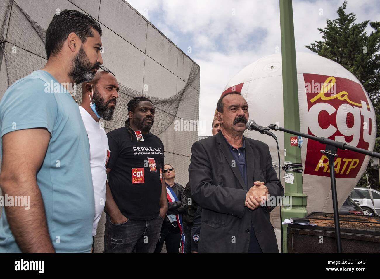 El Secretario General del sindicato francés CGT, Philippe Martinez, llegando a la RATP, para apoyar a un delegado de la CGT de la RATP, amenazado de despido en París, Francia, el 20 de julio de 2020. Foto de Pierrick Villette/Avenir Pictures/ABACAPRESS.COM Foto de stock