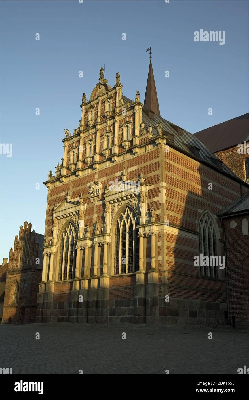 Roskilde, Dinamarca, Dänemark: Exterior de la Capilla de Christian IV; Außenansicht der Kapelle von Christian IV; kaplica Christiana IV Foto de stock