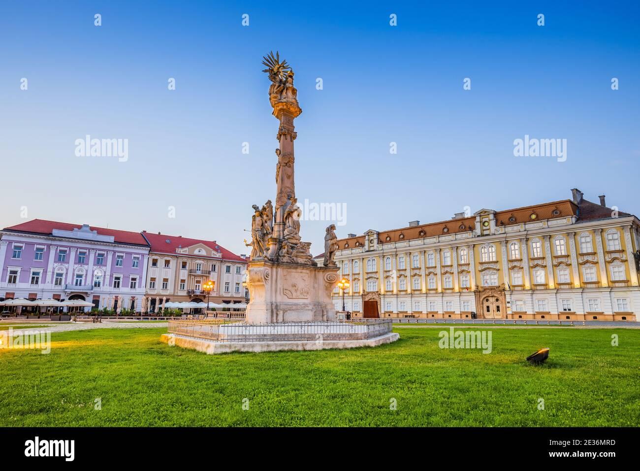 Timisoara, Rumania. Virgen María y San Juan de Nepomuk Monumento en Union Square. Foto de stock