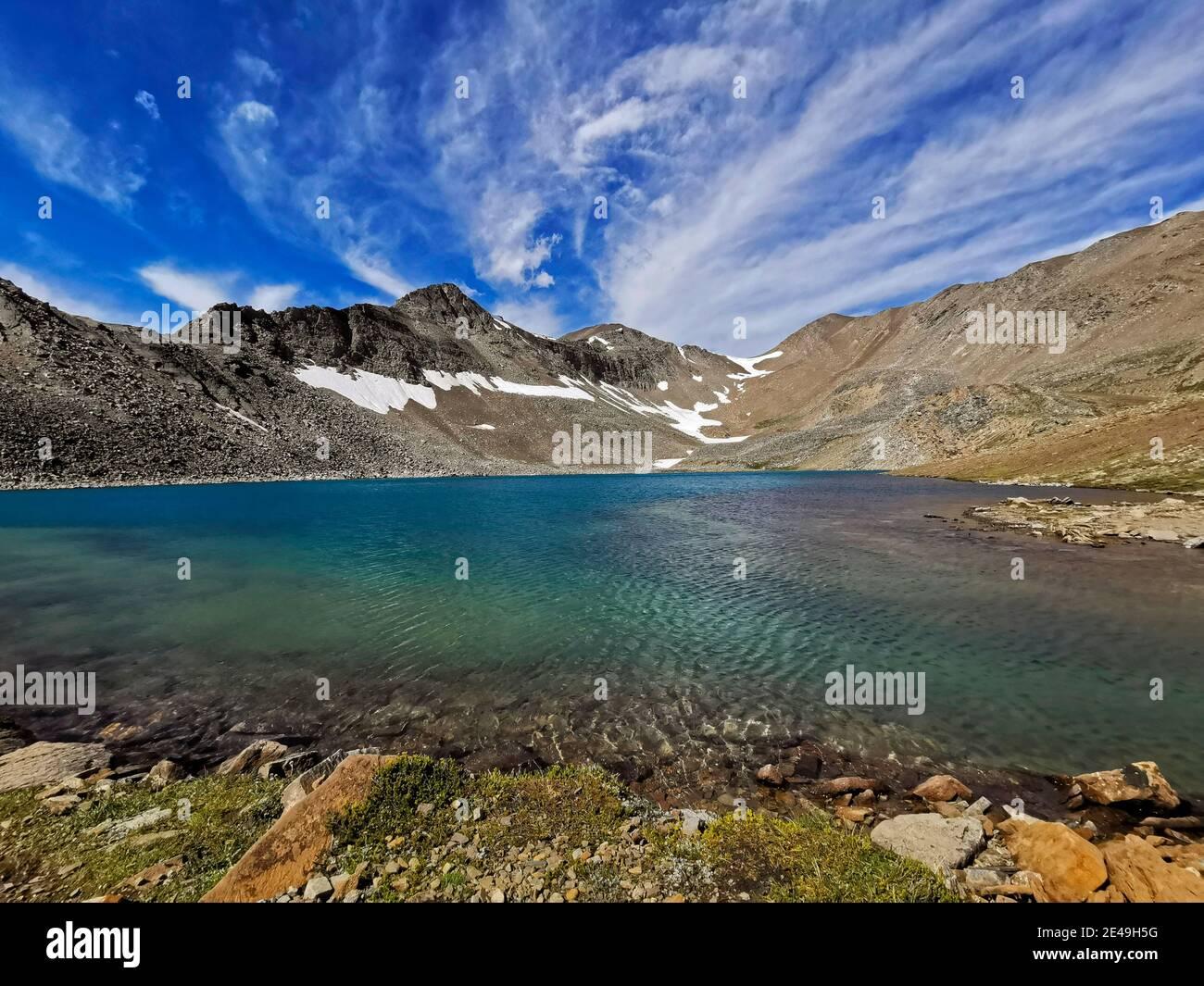 Curador Lake, Skyline Sendero de caminatas en Jasper, Parque Nacional Jasper, Montañas Rocosas, Alberta, Canadá Foto de stock