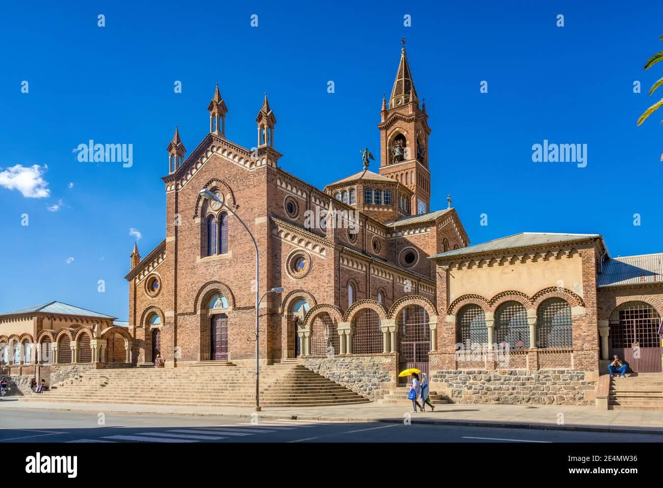 Iglesia de nuestra Señora del Rosario en el centro de Asmara, la capital de Eritrea, África Oriental. Foto de stock