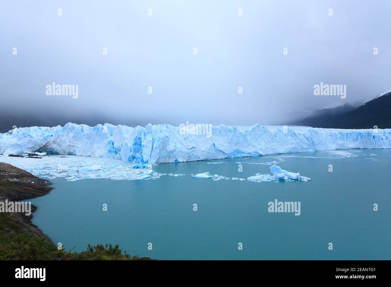 Vista del glaciar Perito Moreno, paisaje de la Patagonia, Argentina Foto de stock