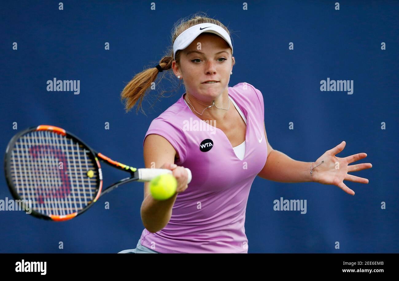 Tenis - Aegon Classic - Edgbaston Priory Club, Birmingham - 15/6/15 Katie Swan de Gran Bretaña en acción durante la primera ronda Imágenes de acción vía Reuters / Andrew Boyers Livepic Foto de stock