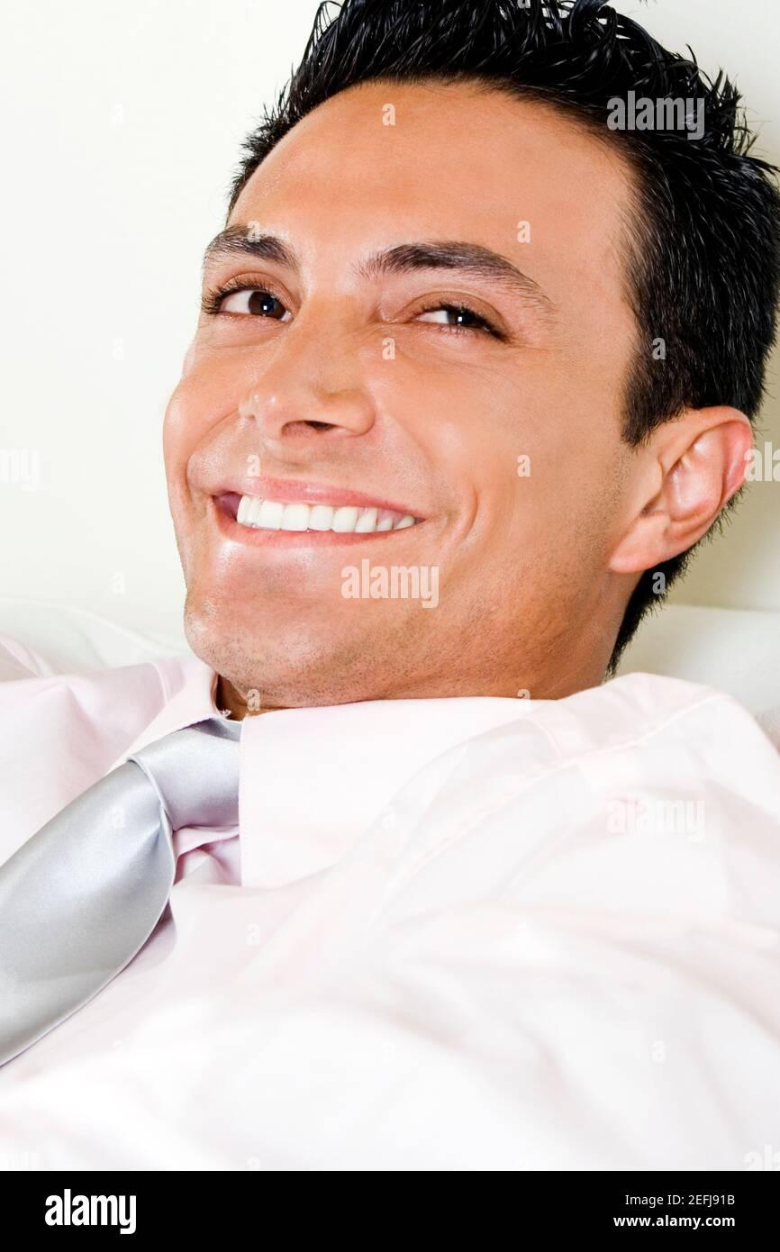 Close-up de un empresario sonriente Foto de stock