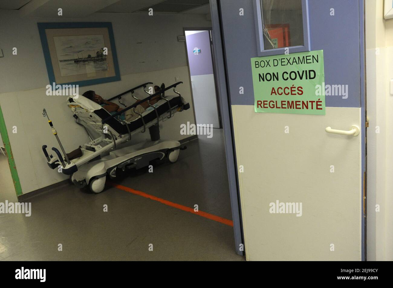 Departamento de urgencias - samu 80 - Departamento de abbeville del somme (80) Foto de stock