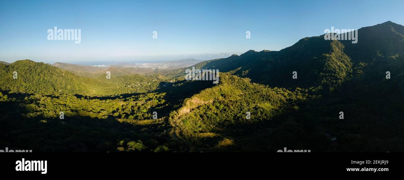Paisaje montañoso de Minca, Departamento Magdalena, Caribe, Colombia Foto de stock