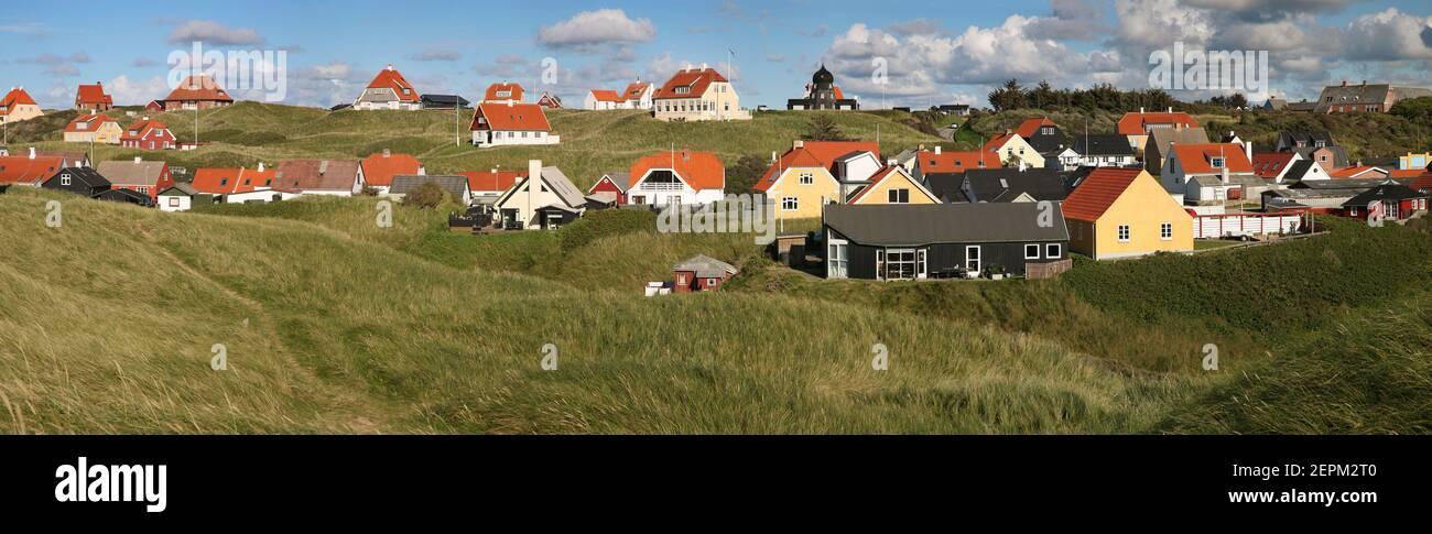 Lønstrup construir en dunas; Danmark; Lonstrup; Dinamarca Foto de stock