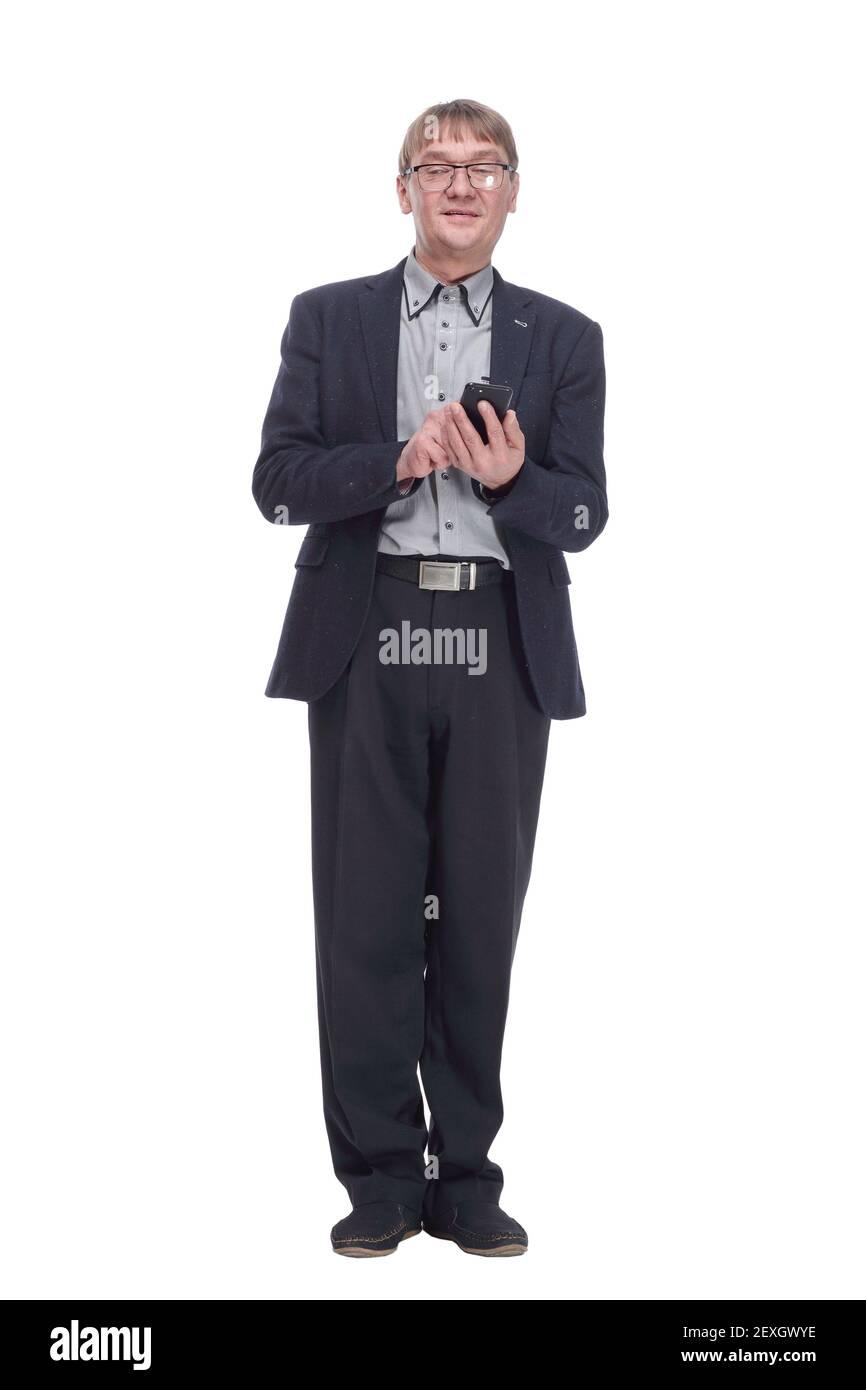hombre de negocios senior con smartphone mirando a usted. Foto de stock