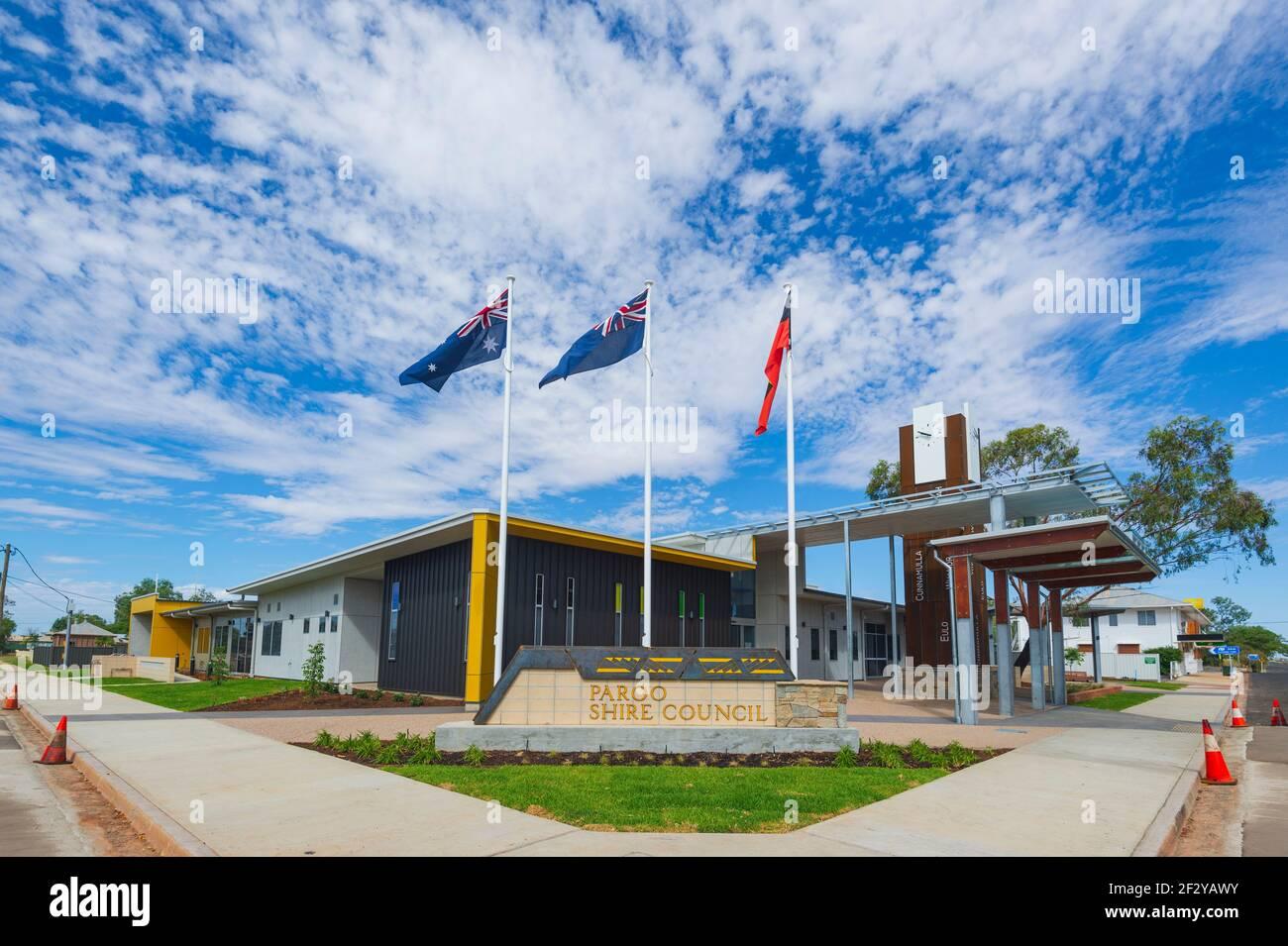 Vista del edificio del Consejo Paroo Shire en Cunnamulla, Cunnamulla, Queensland, Queensland, Australia Foto de stock