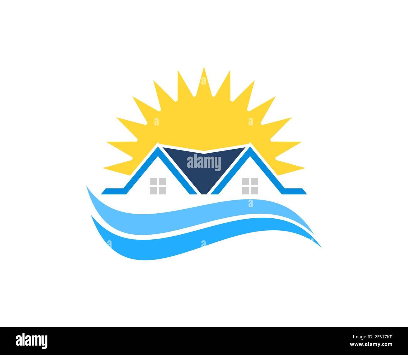 Casa sencilla con olas de playa y sol brillante Foto de stock