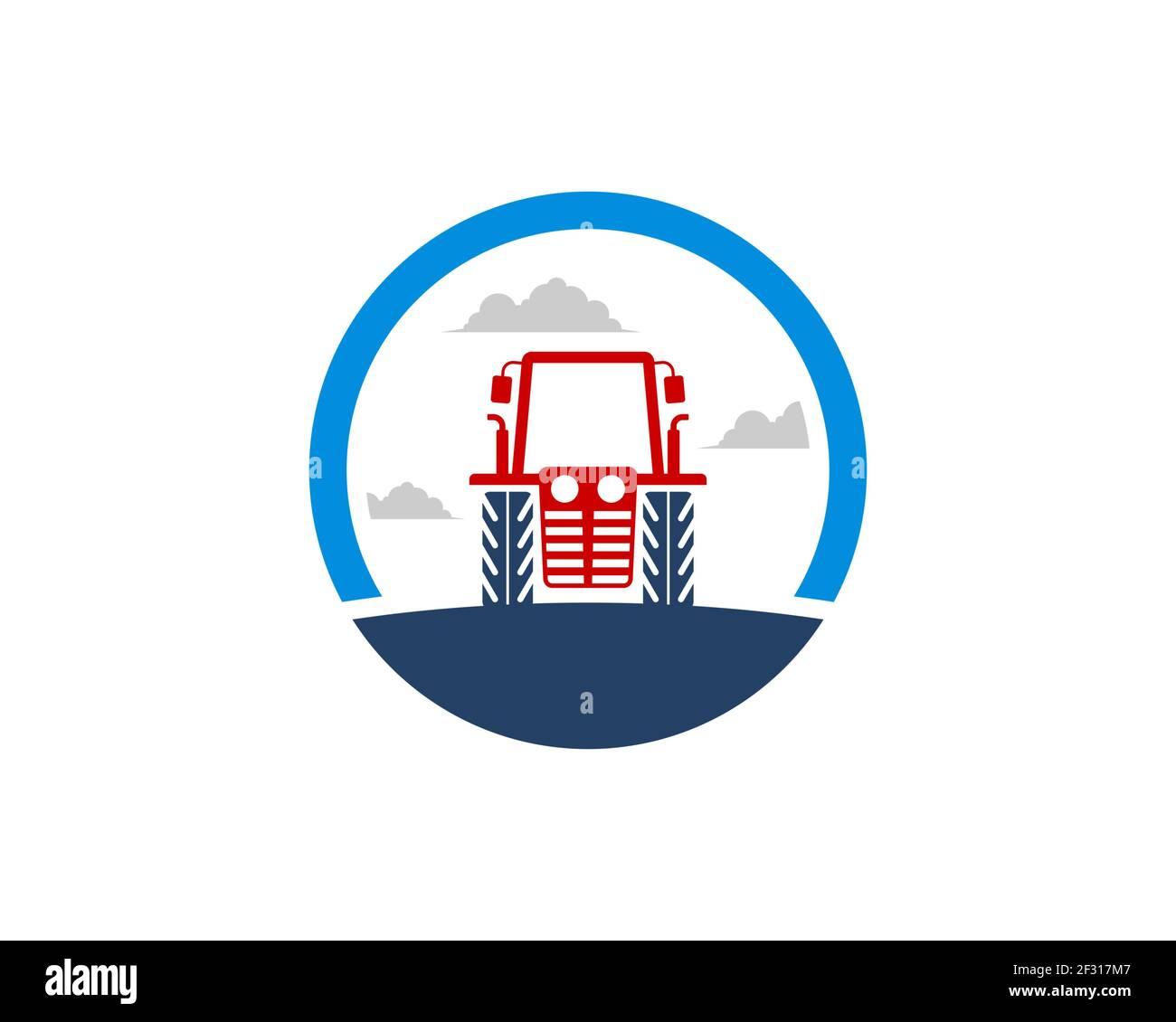 Forma circular con el tractor agrícola en el campo Foto de stock
